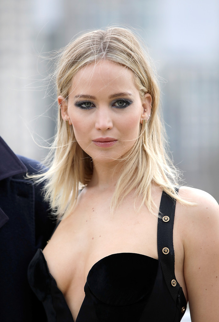 Jennifer Lawrence Hot Look in Black Dress - Indian Models ...