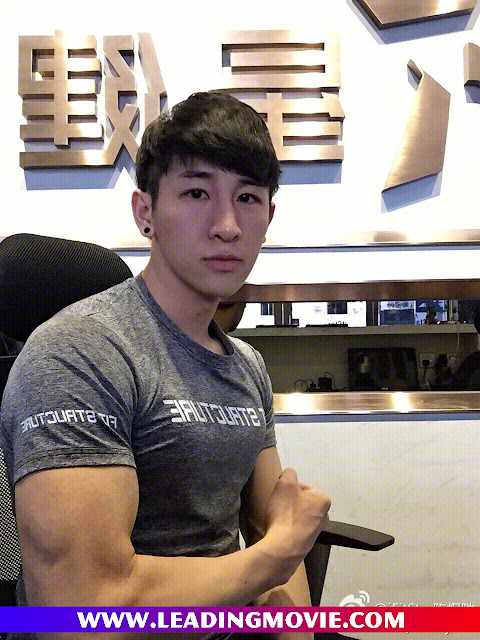 Chinese Handsome Fitness Boy at iFitStar (星健身)