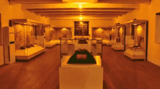 Foto ruangan Museum La Galigo