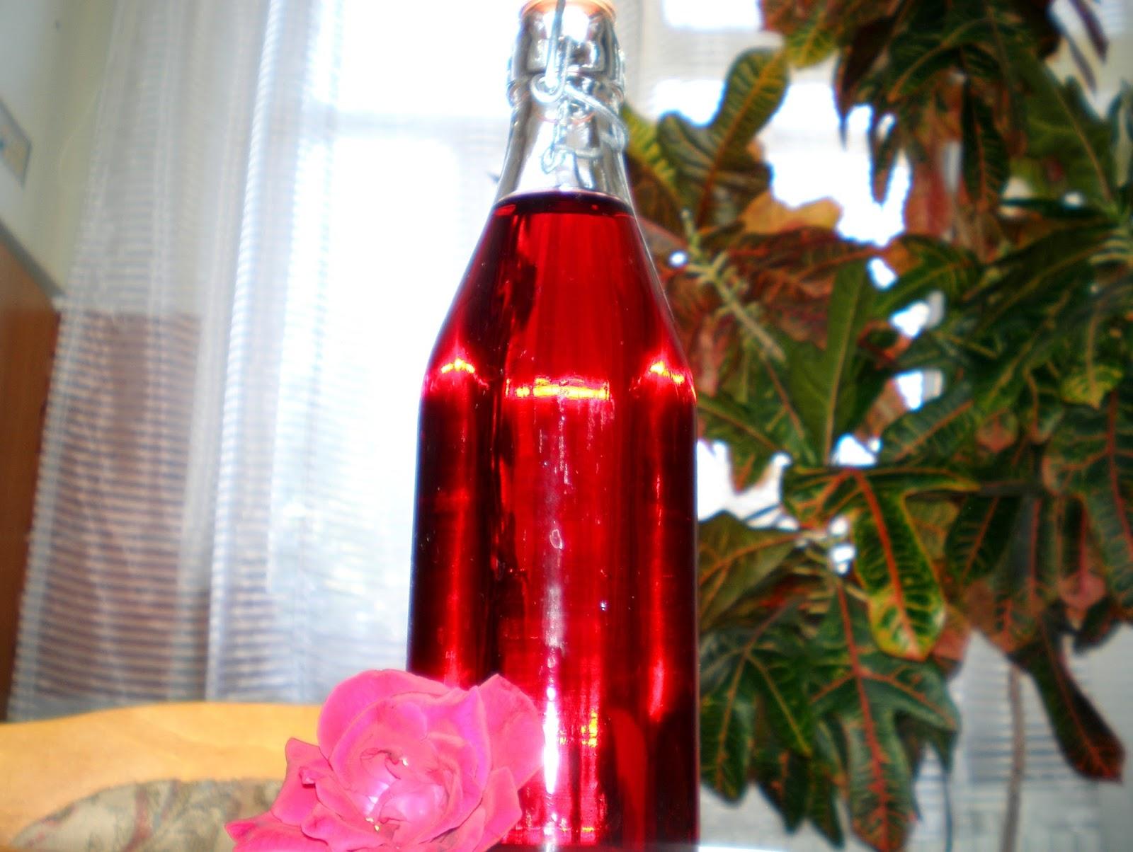Oțet de trandafiri