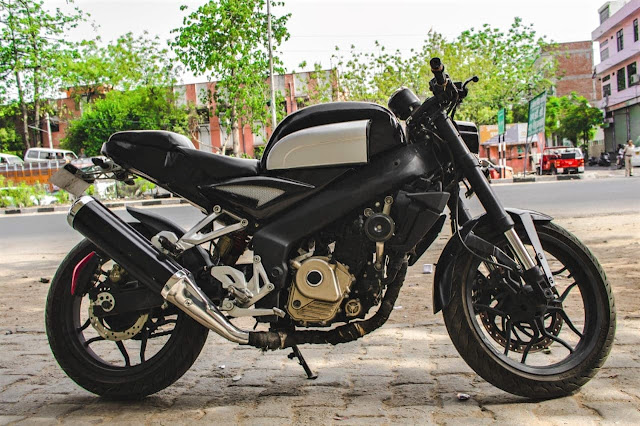 Unpaid Riders - Vijayrath: Modified Bajaj Pulsar 200NS
