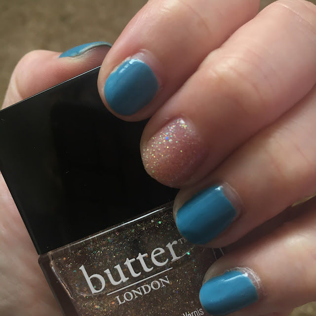 Deborah Lippmann, butter LONDON, Deborah Lippmann On The Beach, butter LONDON Tart With A Heart, nails, nail polish, nail lacquer, nail varnish, manicure, #ManiMonday