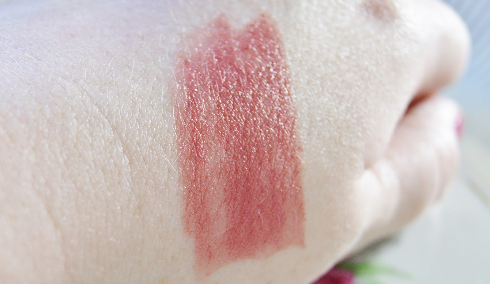 NYX Butter Lipstick Pops Swatch