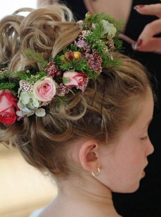 Peinados de gala para ninas 2017