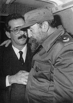 Norberto fuentes en tiempos de amistad con Fidel.