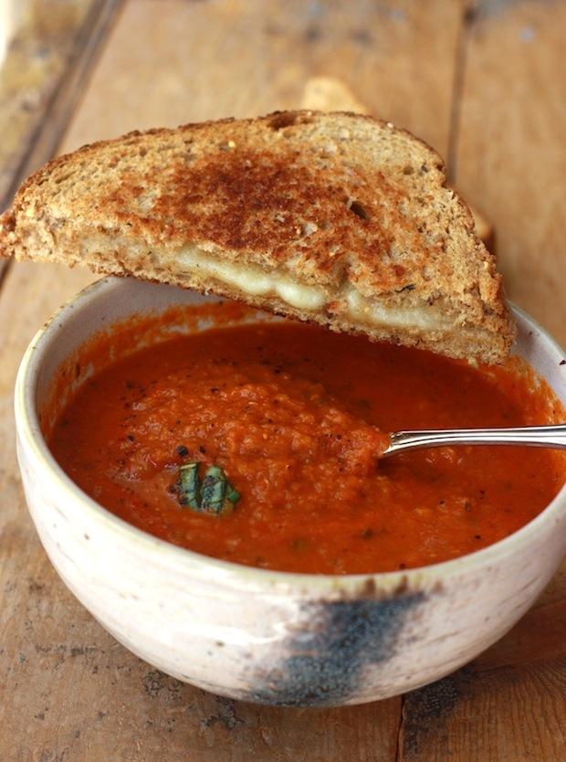Garden Tomato Basil Soup by SeasonWithSpice.com