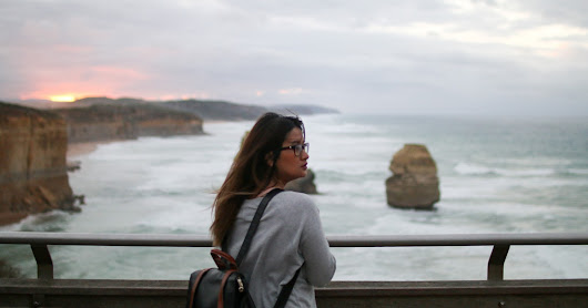Sunrise at the Twelve Apostles and Gibson Steps