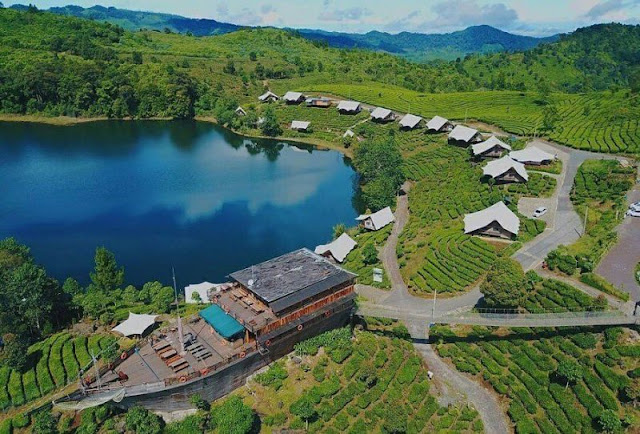 10  Tempat Wisata Alam Terpopuler di Bandung