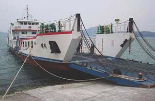perdagangan jalur laut