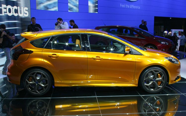 2012 ford focus st curb weight. Black Bedroom Furniture Sets. Home Design Ideas
