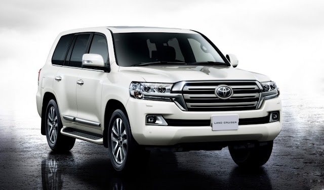 Hay Toyota Land Cruiser 2016 200 V8 tại Viêt Nam ?
