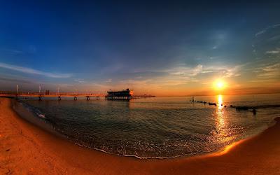 amaneciendo-a-orillas-de-la-playa
