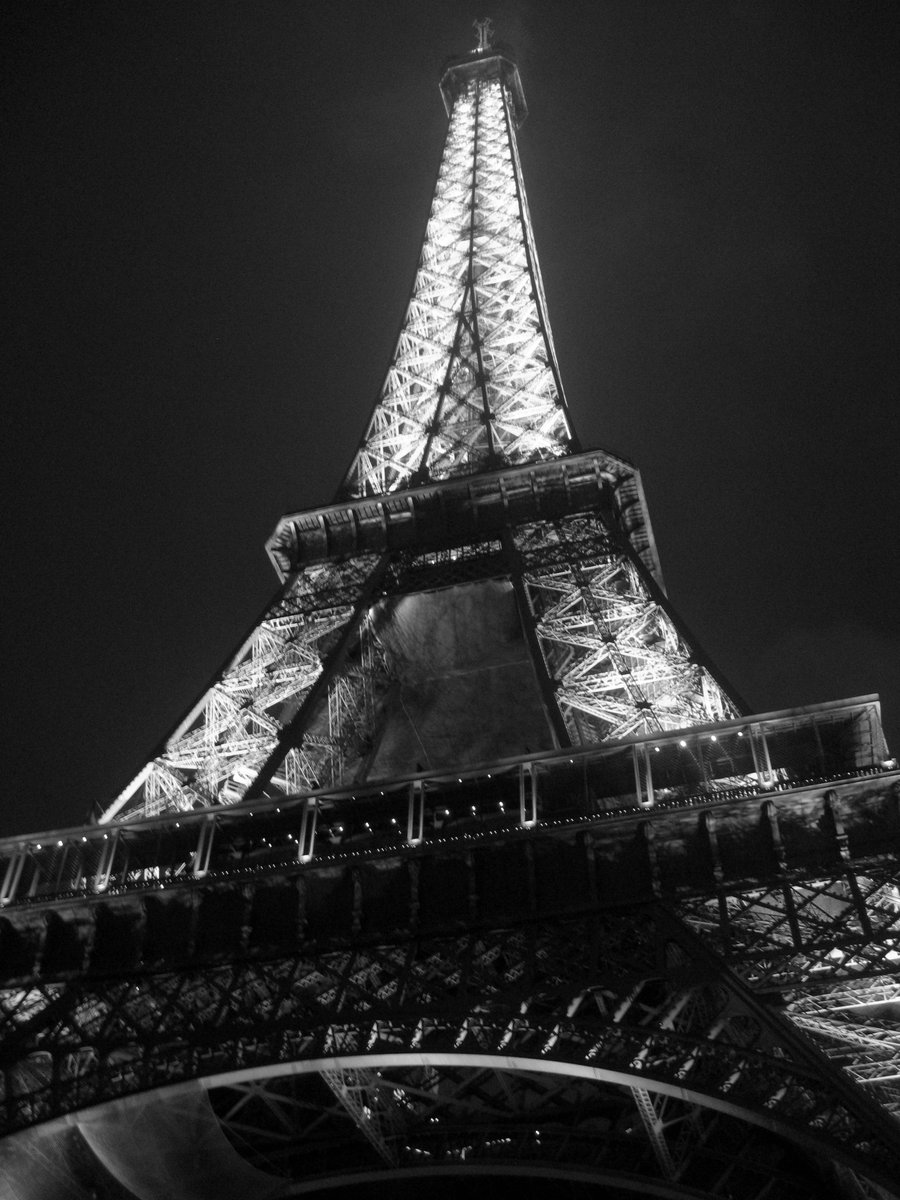 Black White Clipart R Large Pic: Paris: Paris Black And White