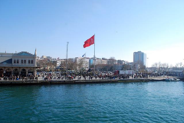 Пристань Кадыкёй. Стамбул, Турция.