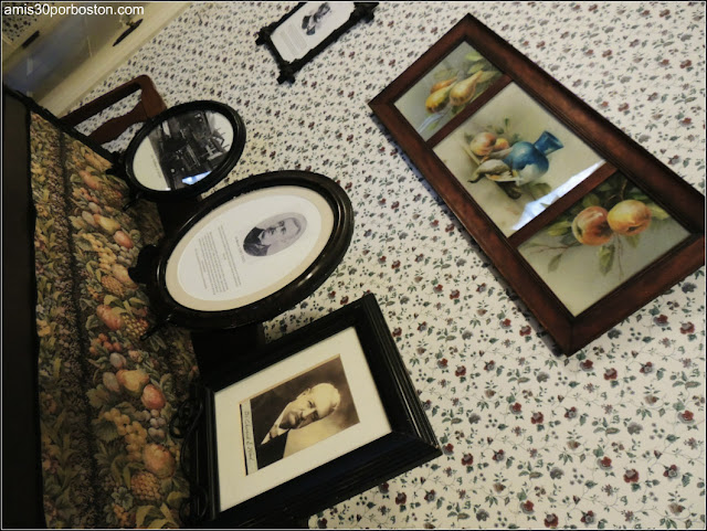Lizzie Borden Bed & Breakfast Museum: Fotos de Andrew Borden en el Comedor