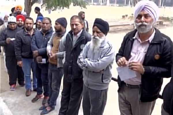 re-polling-started-in-48-polling-booth-in-punjab