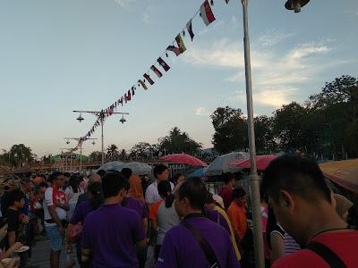 khlong hae market, makanan atas perahu, kedai terapung, makanan thailand