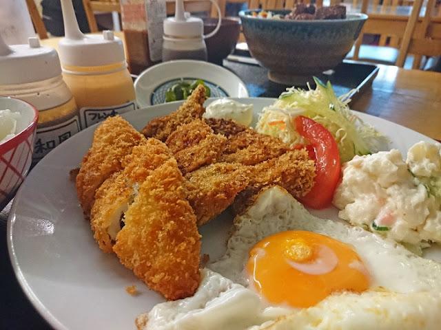 沖縄家庭料理 330食堂の写真