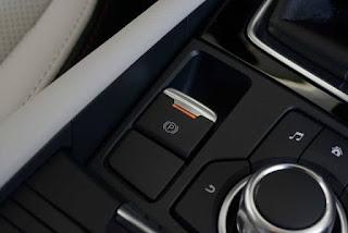 Thắng tay điện tử cao cấp ở Mazda 3 2017