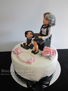 bolo decorado renda comestivel