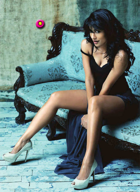 bolywood-actress-chitrangada-singh-legs