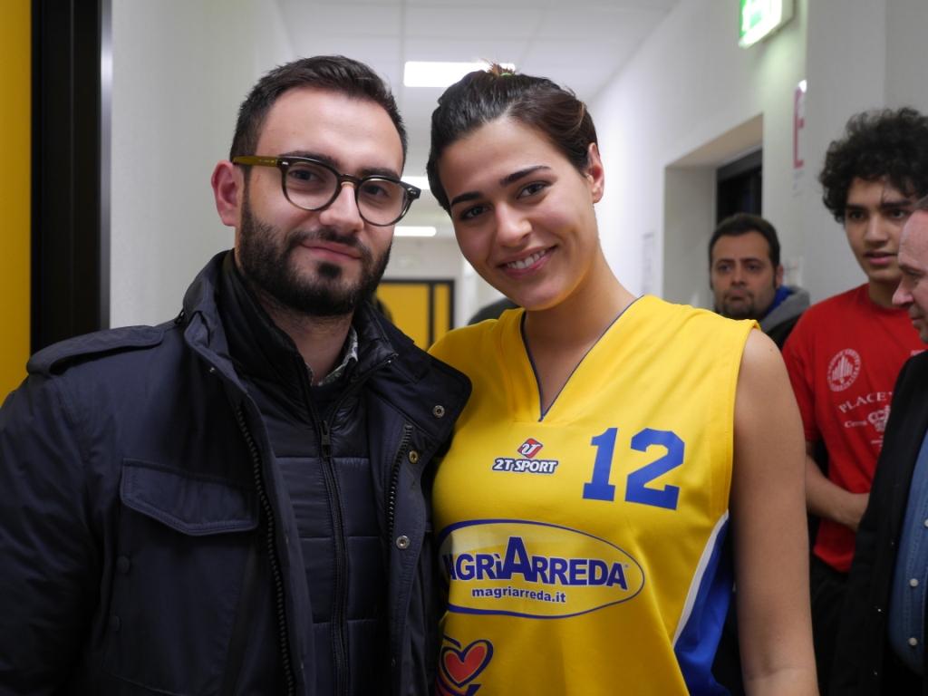 Gabriella sassone debutto della basketartisti al for Magri arreda matera