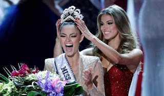 s-africa-demi-lie-nell-peters-miss-universe