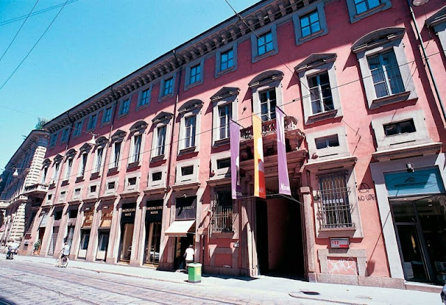 Entrada do Museu Poldi Pezzoli em Milão