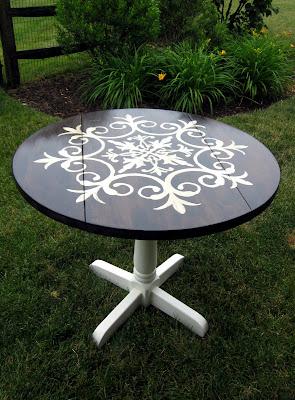 medallion table