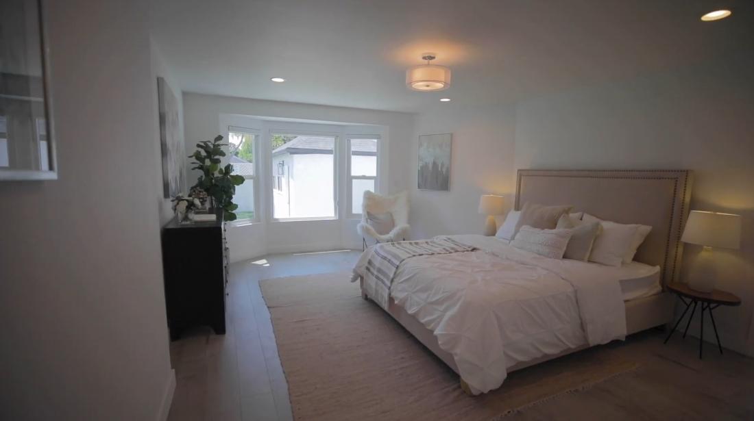 14 Interior Design Photos vs. 4709 Lindblade Dr, Culver City, CA Luxury Home Tour
