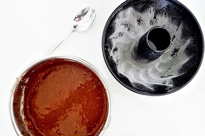saftiger Espresso-Schoko Gugelhupf