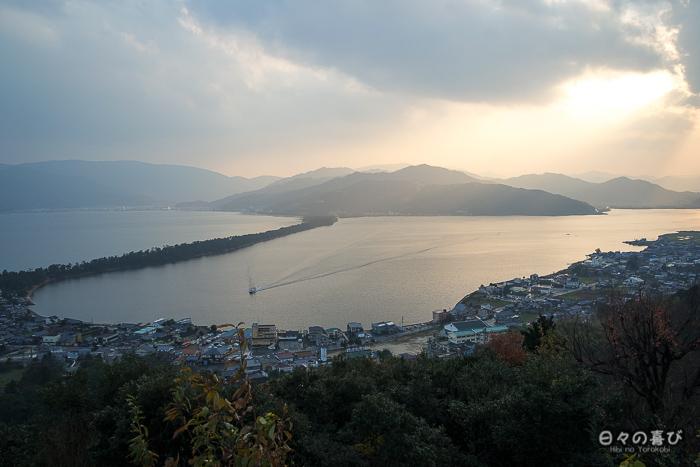 Crépuscule sur la baie de Miyazu, parc Kasamatsu, Amanohashidate