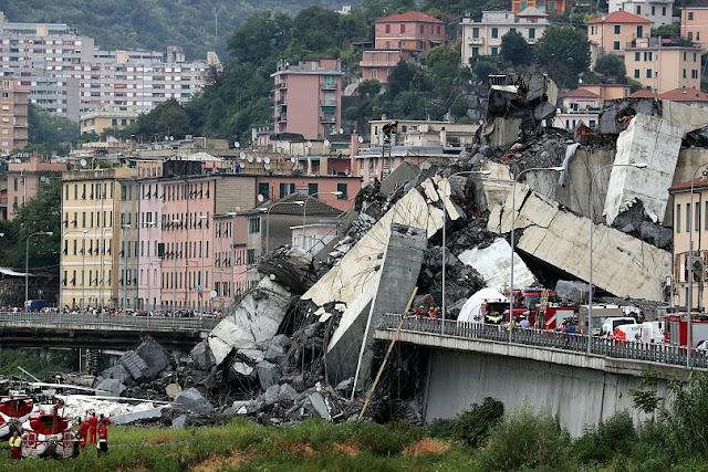 Κατάρρευση γέφυρας στη Γένοβα της Ιταλίας - Τουλάχιστον 35 νεκροί (βίντεο)