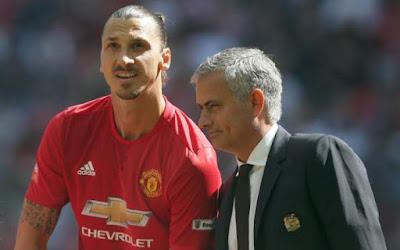 Mourinho Tegaskan Ibra Akan Bertahan di United