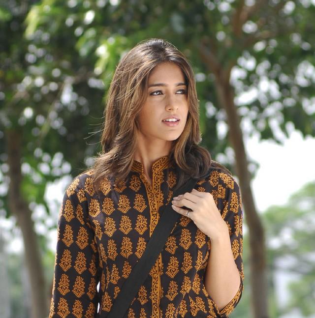 Zest Images: Ileana In Nenu Naa Rakshasi Movie Stills