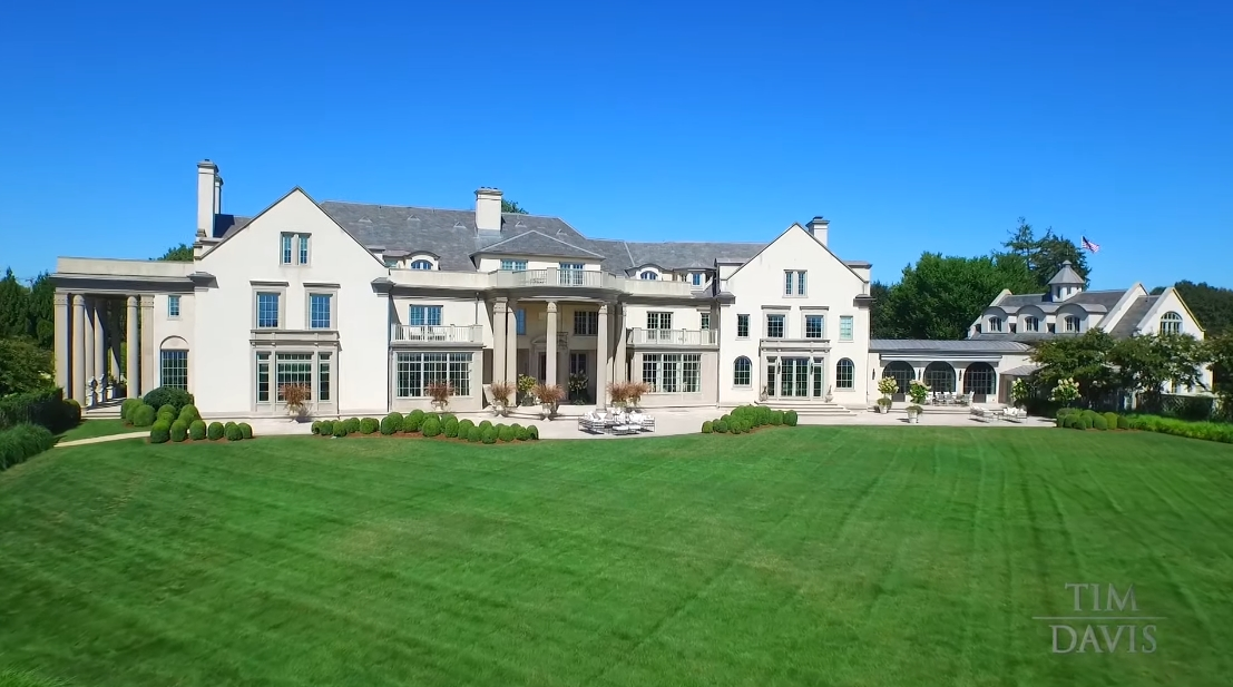 Tour Villa Maria Hamptons Luxury Mega Mansion vs. 17 Interior Design Photos