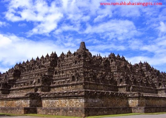 5 Contoh Descriptive Text Tentang Tempat Bersejarah Di Indonesia
