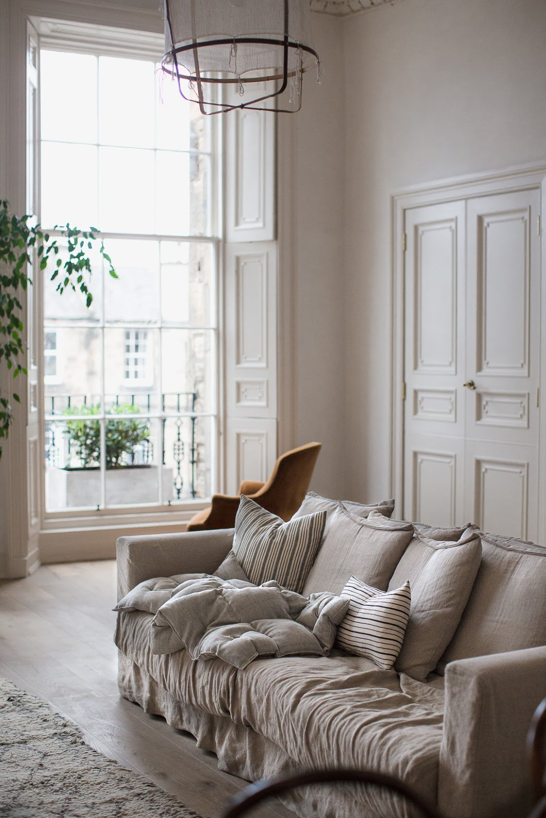 ilaria fatone - a comforting and minimal home - the living-room