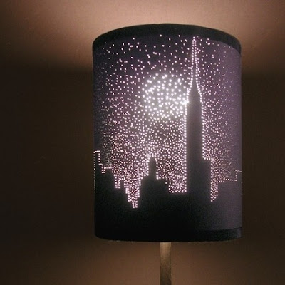 Chọc thủng chao đèn để trang trí