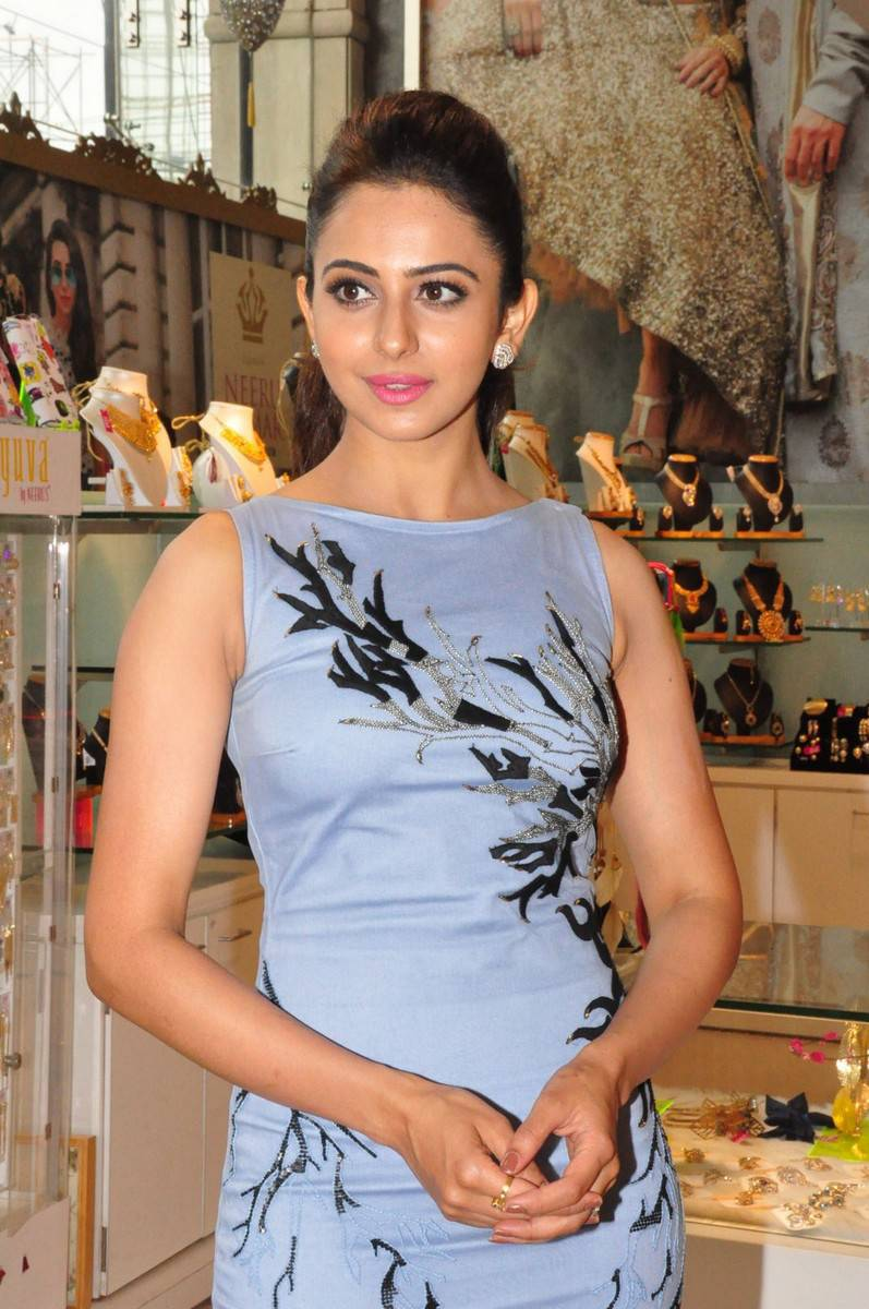 Thigh Show Photos Of Rakul Preet Singh In Blue Dress