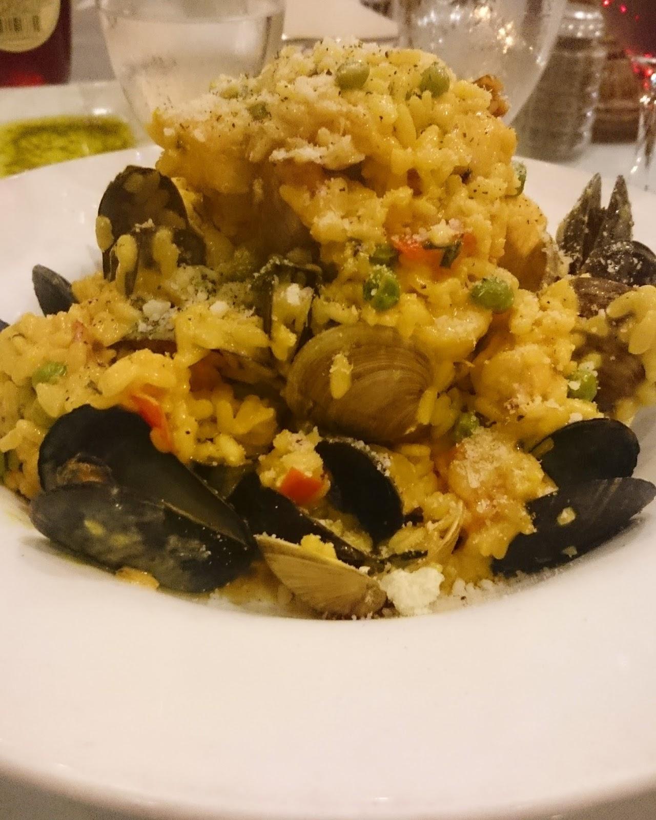 Ceasario's Italian Restaurant Seafood Paella