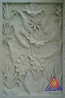 Relief sembilan ikan koi