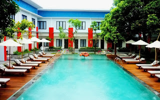 HHRMA Bali - Vacancy Sales Executive at Ozz Hotel
