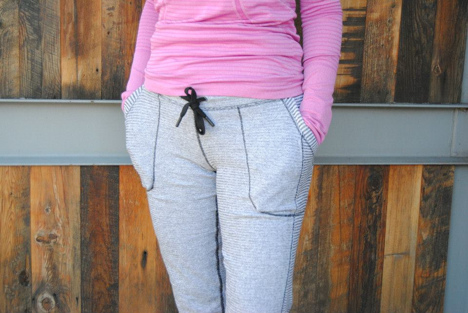 lululemon mini check pique base runner pant