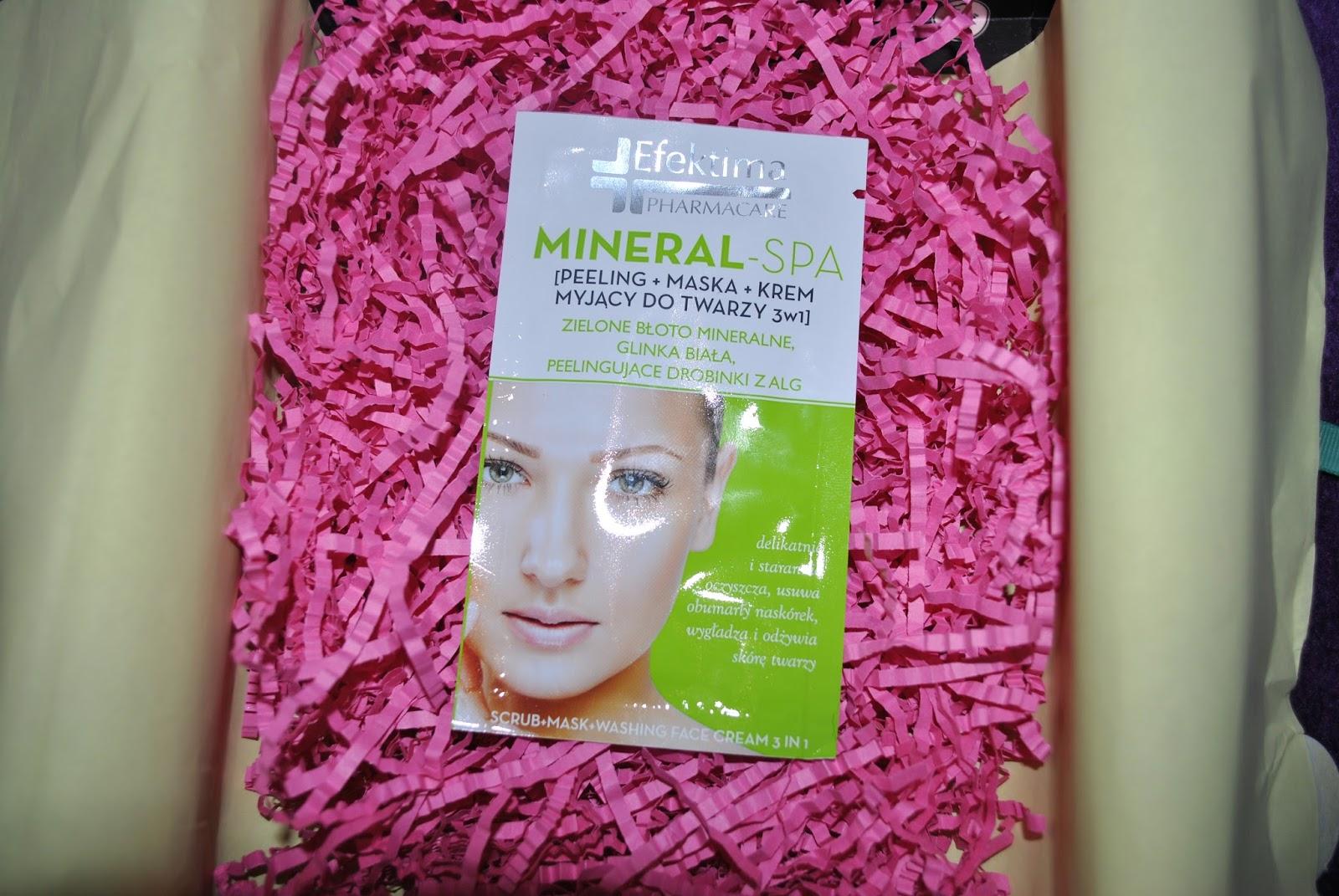 Efectima Mineral SPA- Preparat typu 3 w 1. Łączy w sobie krem myjący, peeling oraz maskę.