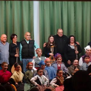 Festival de jotas por el grupo folklórico El Pilar