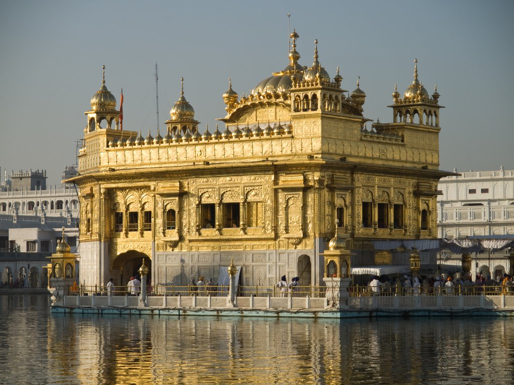 God Krishna Wallpaper 3d Hd Golden Temple Wallpapers Hd Wallpapers