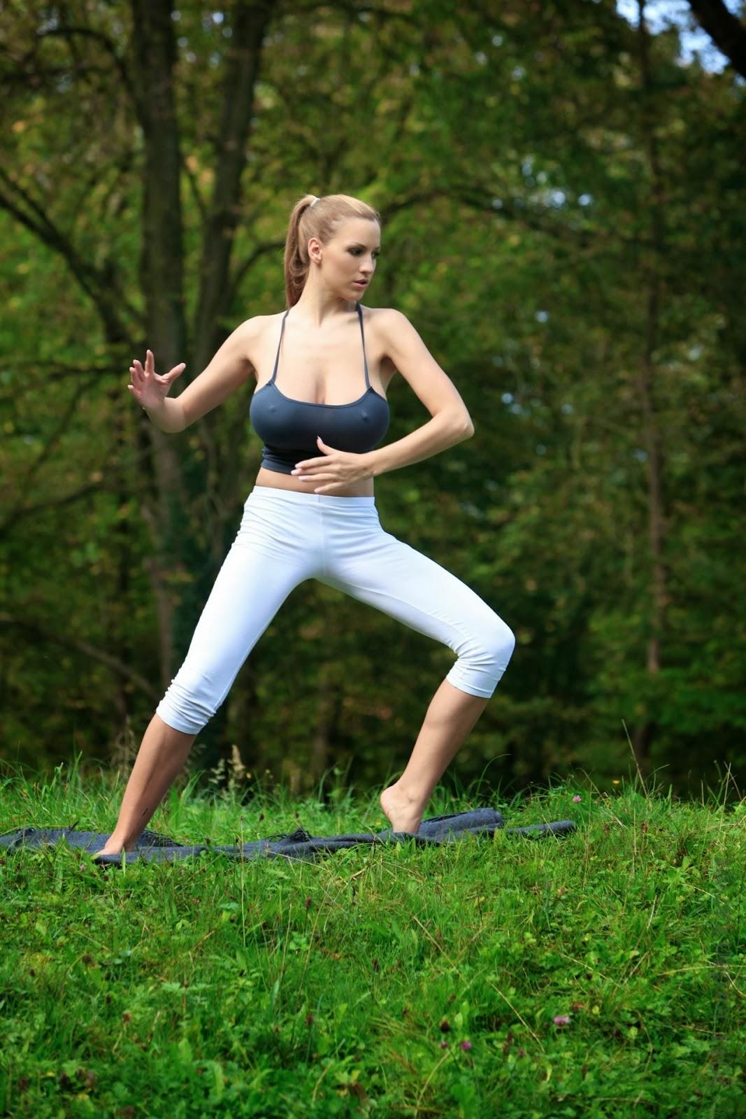 Big tits yoga pants-4775