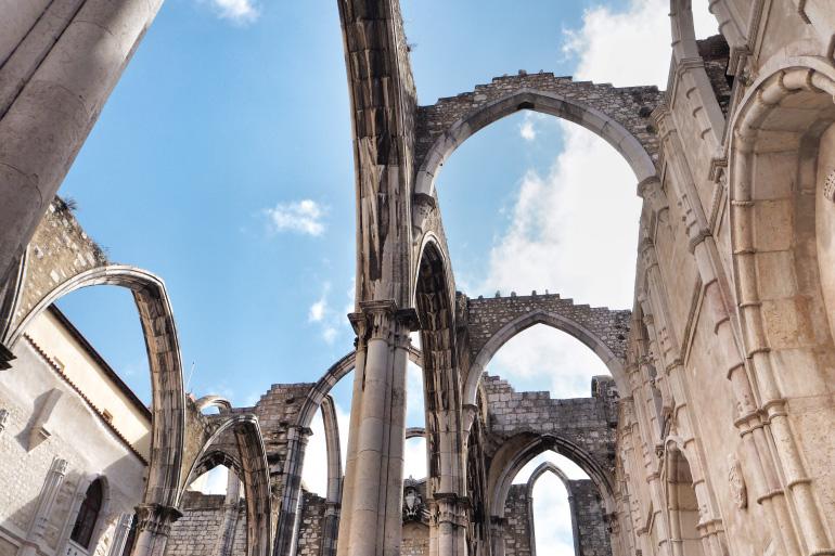 Ruines du couvent des Carmes à Lisbonne au Portugal