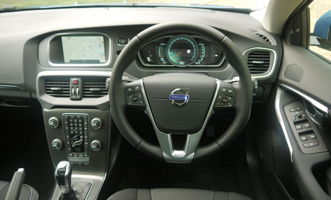 Volvo V40 D4 driver's view